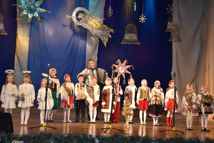 """Міський фестиваль вертепів """"З Різдвом Христовим!"""" об'єднав творчі колективи Луцька, фото-2"""