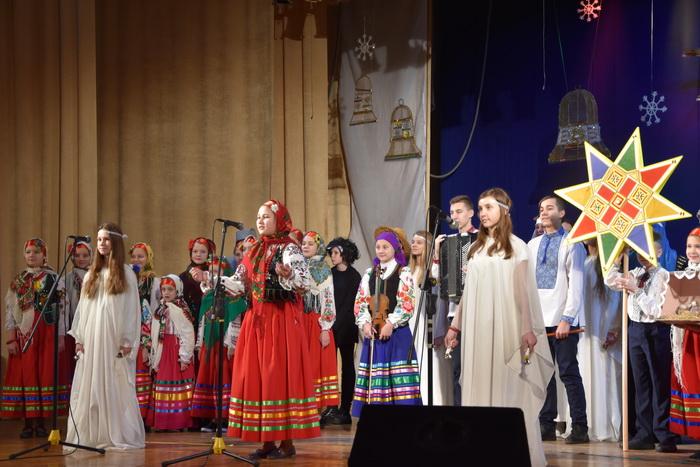 """Міський фестиваль вертепів """"З Різдвом Христовим!"""" об'єднав творчі колективи Луцька, фото-8"""