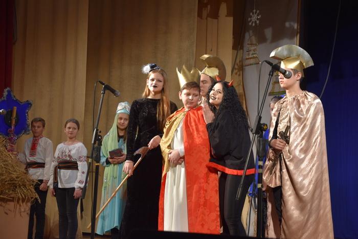 """Міський фестиваль вертепів """"З Різдвом Христовим!"""" об'єднав творчі колективи Луцька, фото-13"""