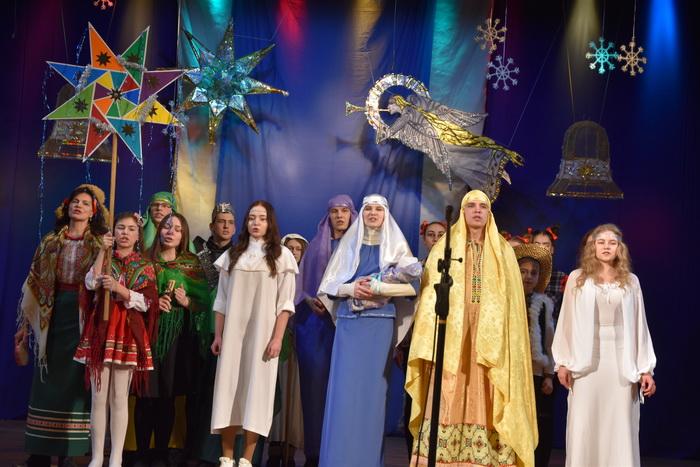 """Міський фестиваль вертепів """"З Різдвом Христовим!"""" об'єднав творчі колективи Луцька, фото-18"""