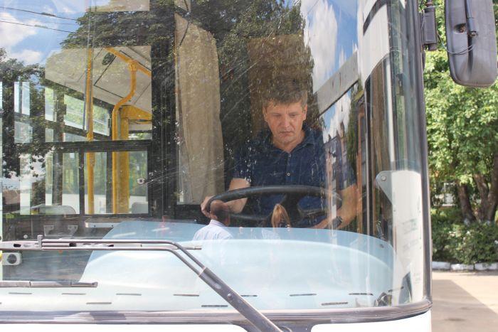 У Луцьку презентували шість тролейбусів, що курсуватимуть за маршрутом № 15, 15а(Фото), фото-3
