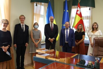Secretary of Lutsk City Council Hryhorii Pustovit has met with the Ambassador Extraordinary and Plenipotentiary of the French Republic to Ukraine Etienne de Poncins