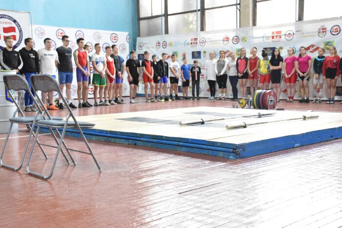 У Луцьку відбувся відкритий турнір з важкої атлетики серед молоді