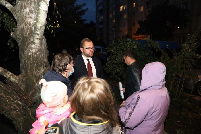 Нові індивідуальні теплові пункти отримають мешканці багатоквартирних будинків на вулиці Кравчука