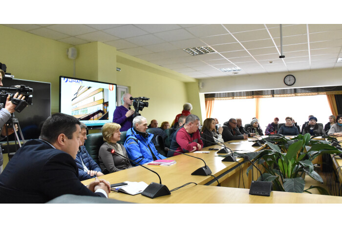 Представники Луцької міської ради провели зустріч із суб'єктами господарювання центрального ринку