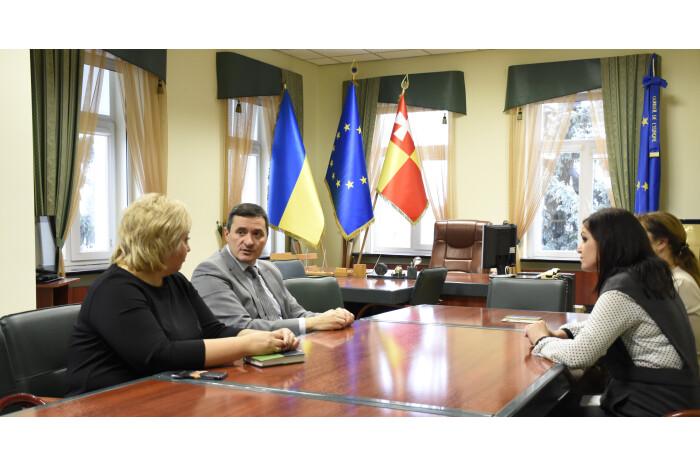 У Луцькій міській раді обговорили реформу освіти разом із директором державної служби якості освіти України