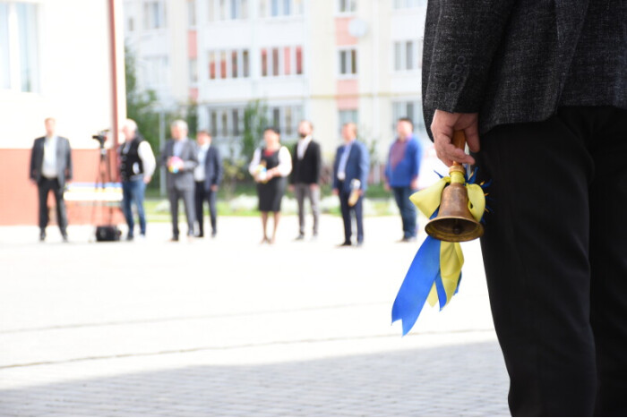 The celebration of the end of the school year has been held in Lutsk in compliance with the requirements of quarantine
