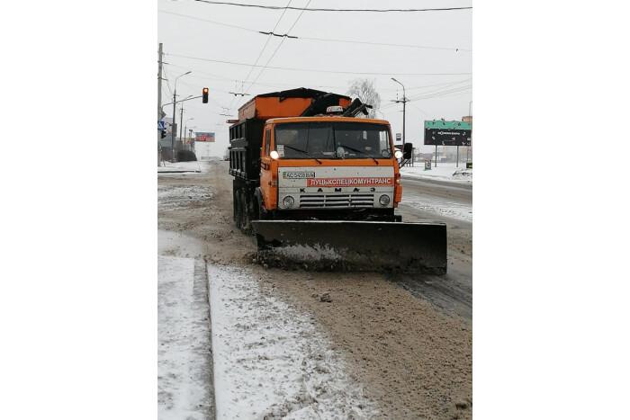 Луцьк готовий до очищення вулиць від можливих снігових заметів