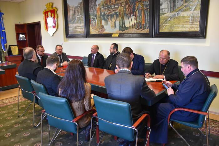 Керівництво міста зустрілося з представниками релігійних громад