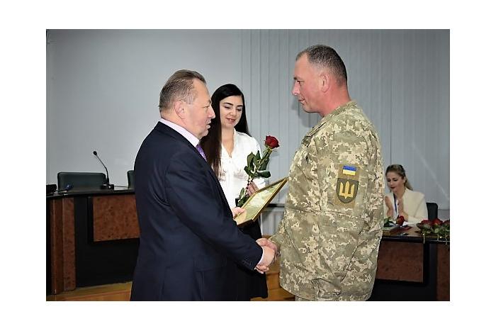 Оперативну нараду 23.10.2018 року розпочали із вручення нагород