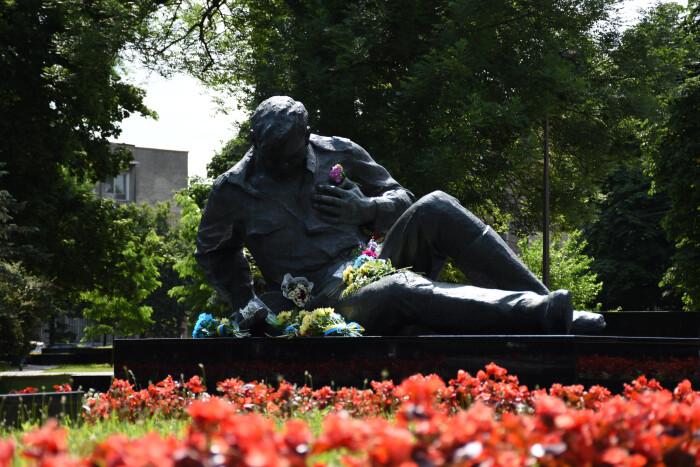 Лучани у День скорботи вшанували пам'ять жертв Другої світової війни