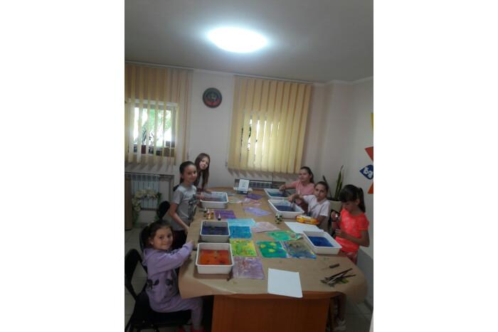 Майстер-клас «Світ кольорових фантазій»