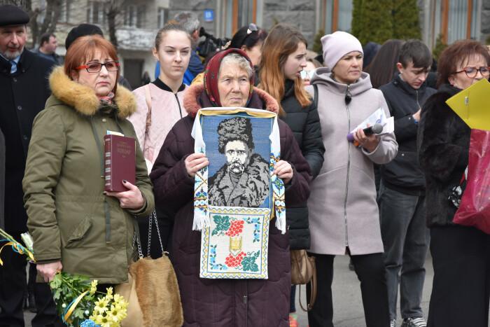 Лучани вшанували великого Кобзаря у день його народження