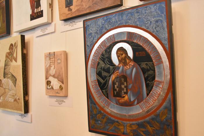 У Луцьку презентували підсумки Міжнародних пленерів іконопису у Замлинні