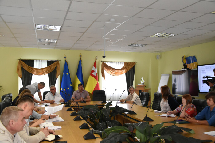 Під час засідання круглого столу лучани обговорили останні нюанси впровадження системи електронної оплати проїзду