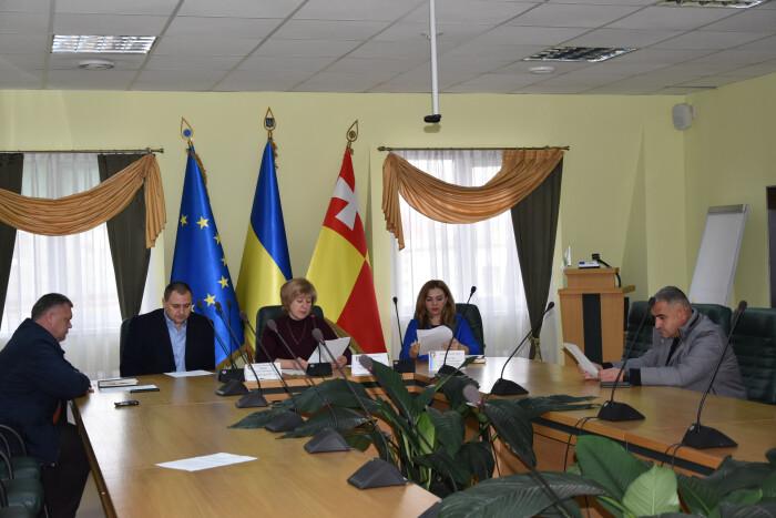 У центральному парку культури і відпочинку імені Лесі Українки оптимізують рух транспорту