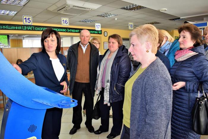 Представники Радивилівської ОТГ завітали до ЦНАП міста Луцька