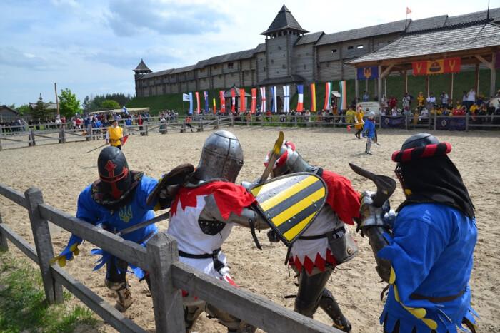 Перший в Україні Чемпіонат світу з середньовічного бою